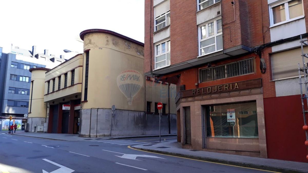 Local Comercial en Venta en El Llano, Gijón