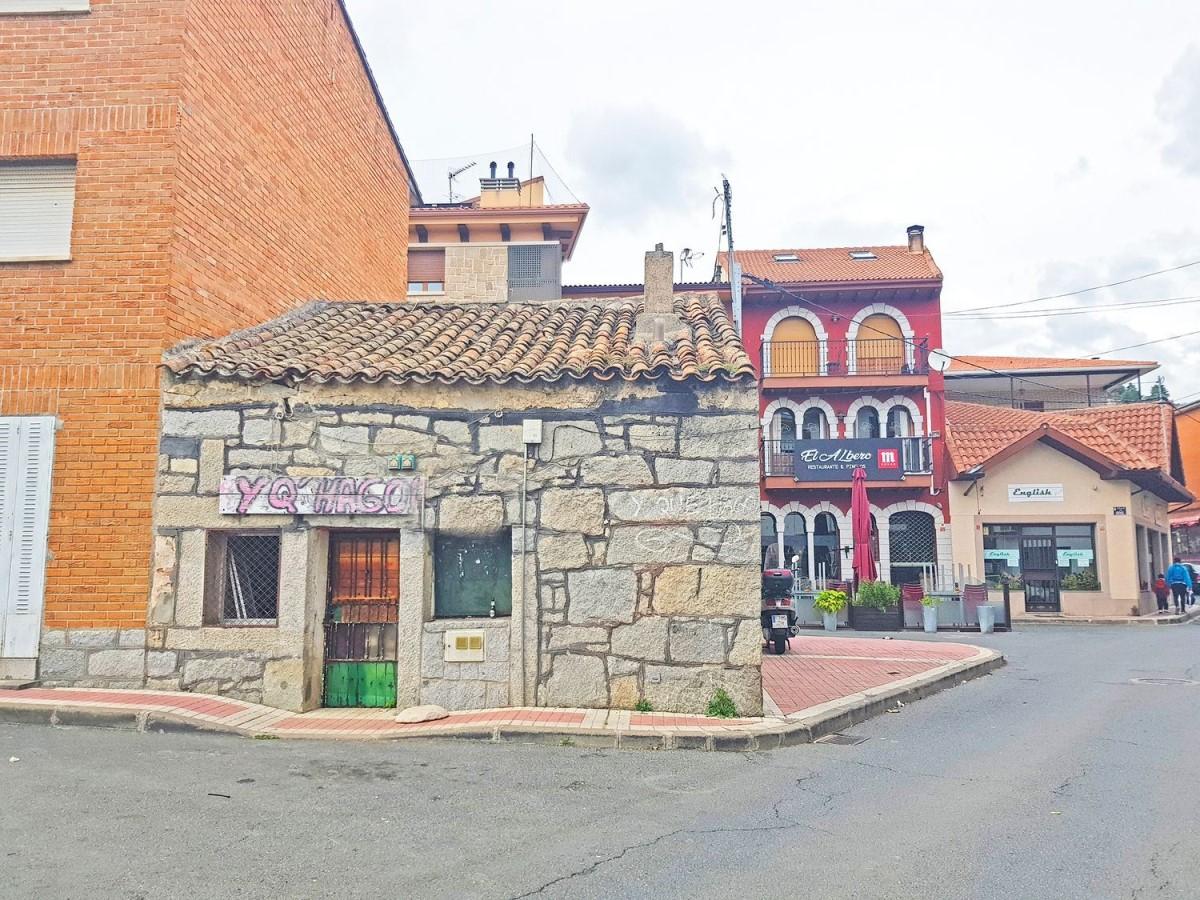 Casa Rural en Venta en  Becerril de la Sierra