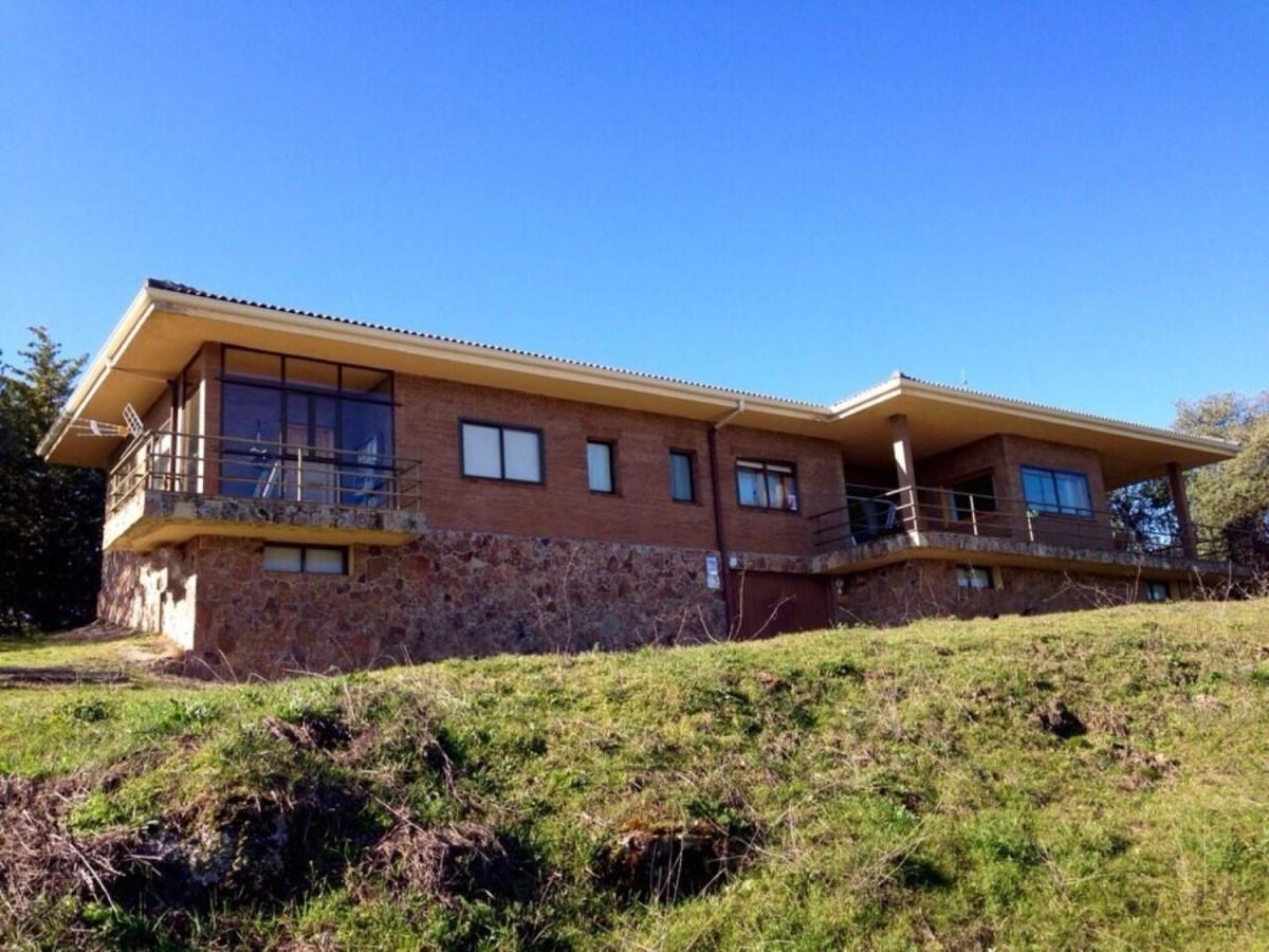 Casa Rural en Venta en  Valdemorillo