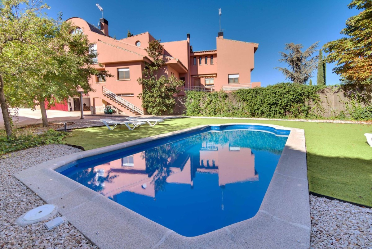 House  For Sale in  Boadilla del Monte