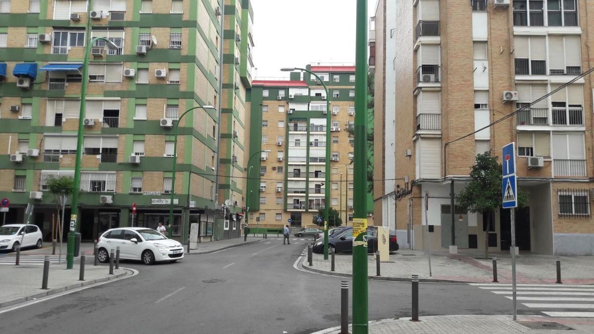 Piso en Venta en cerro amate, Sevilla