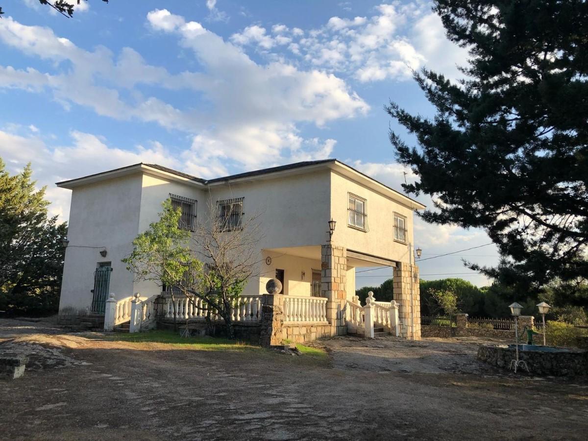 Chalet en Venta en  Valdemanco