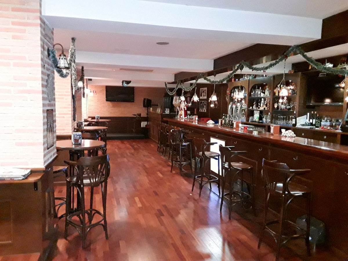 Local Comercial en Venta en Moncloa, Madrid