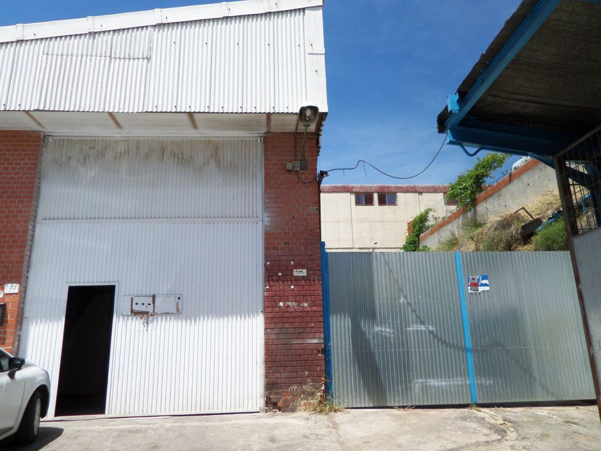 Industrial premises  For Rent in  Alcobendas