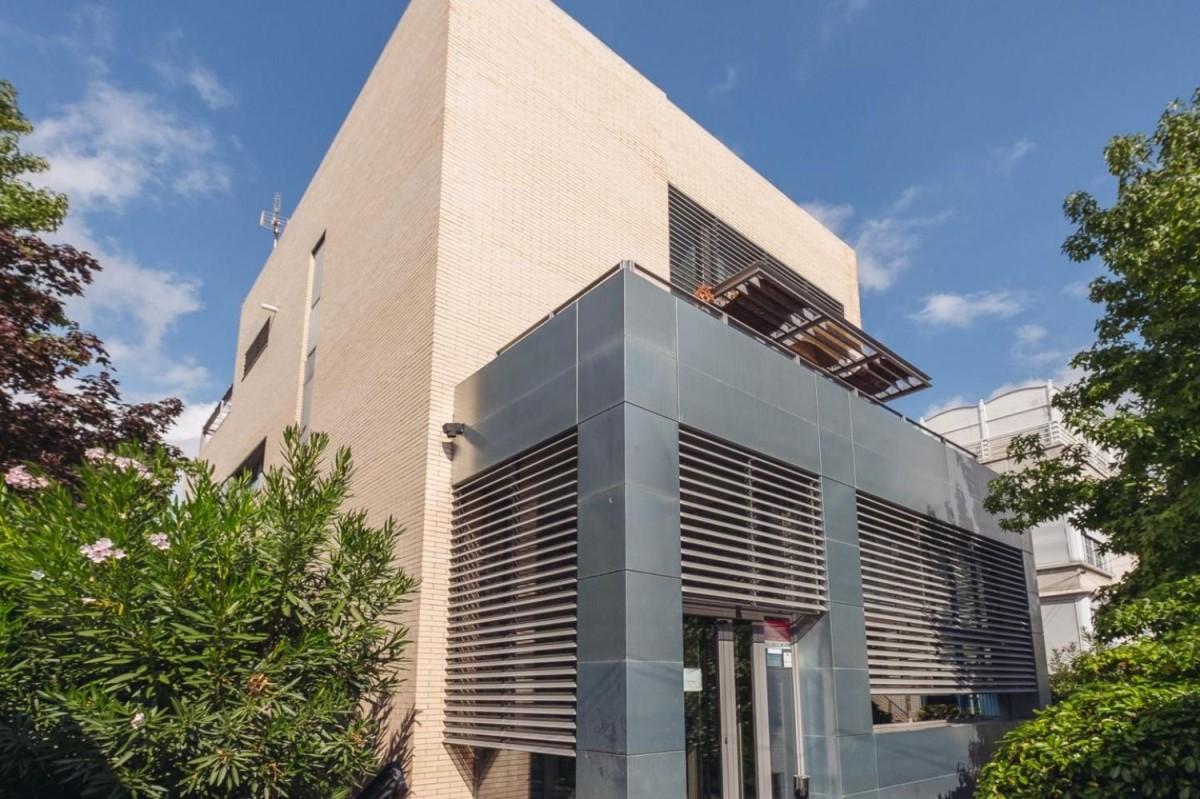 Edificio de Viviendas en Venta en Hortaleza, Madrid
