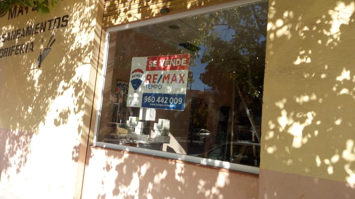 Local Comercial en Venta en  Quart de Poblet