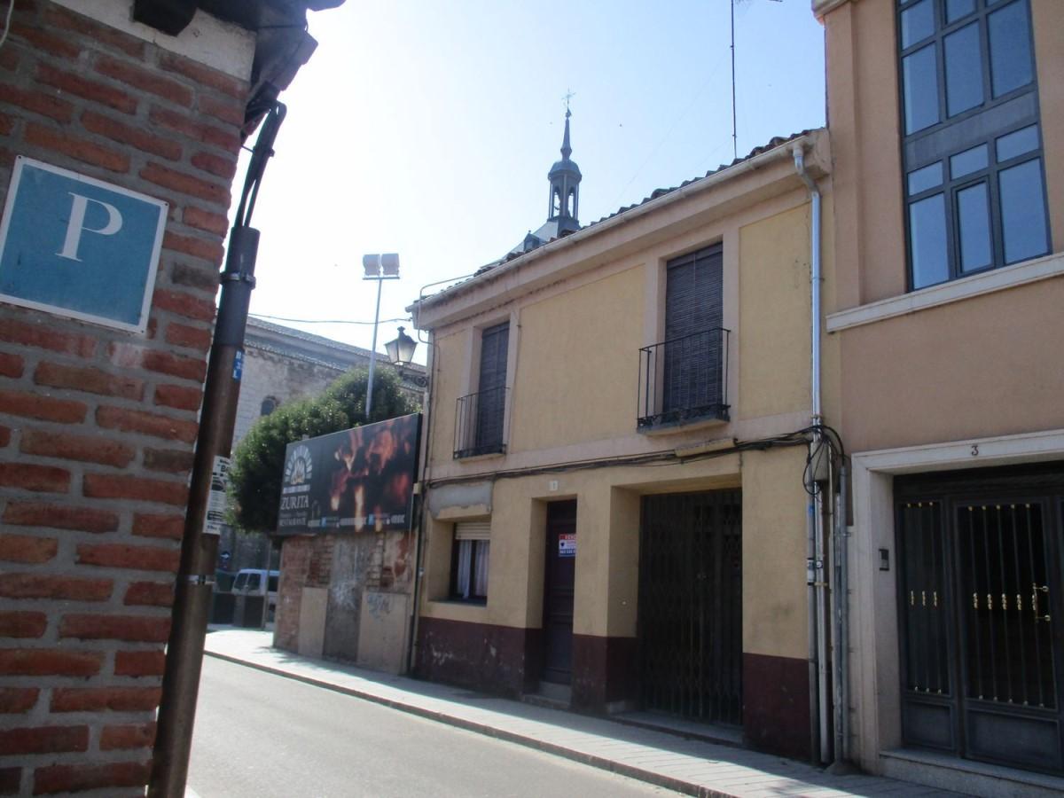 Chalet Adosado en Venta en  Tudela de Duero