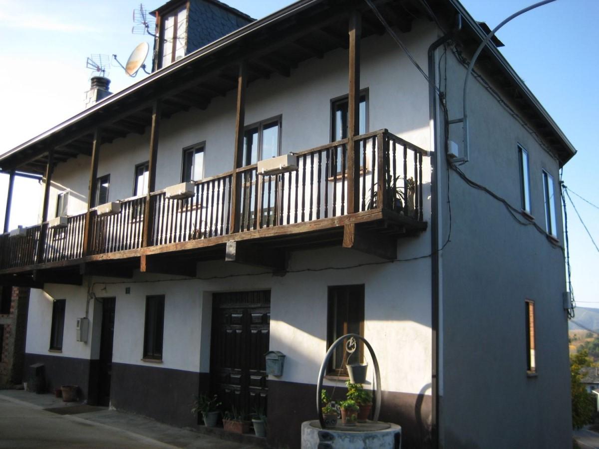Casa Rural en Venta en  Arganza