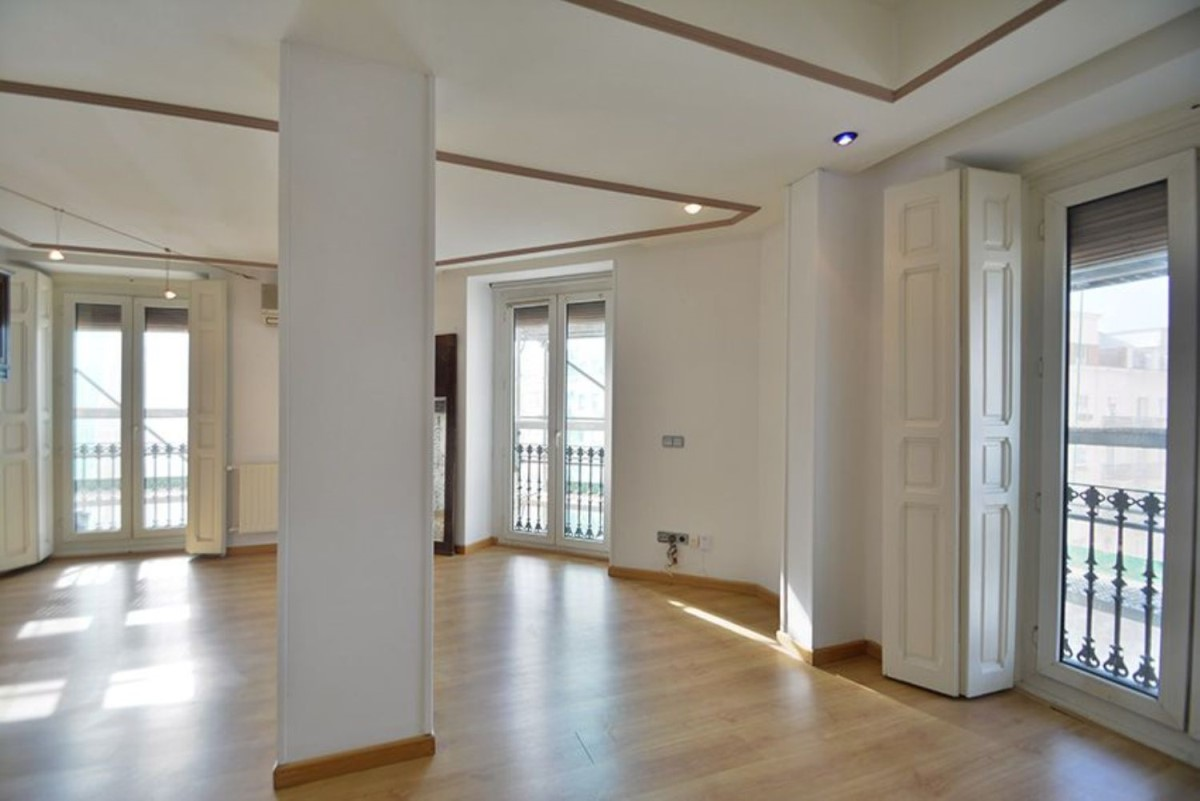 Apartment  For Rent in Salamanca, Madrid