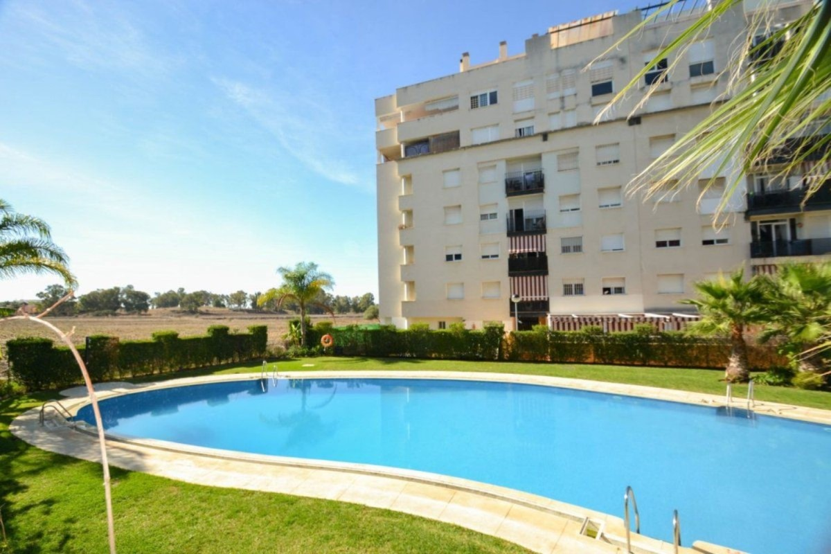 Apartment  For Sale in Nueva Andalucía, Marbella
