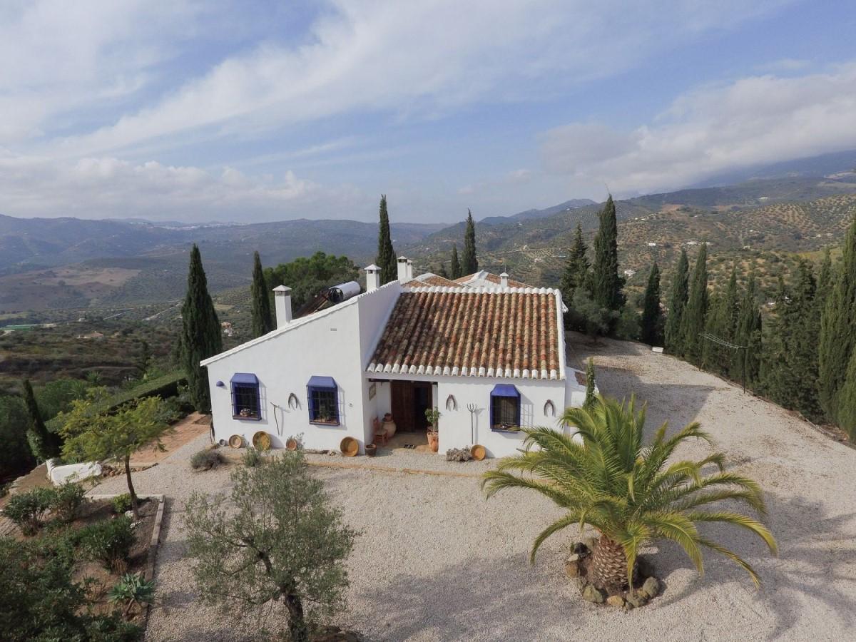 Casa Rural en Venta en  Riogordo