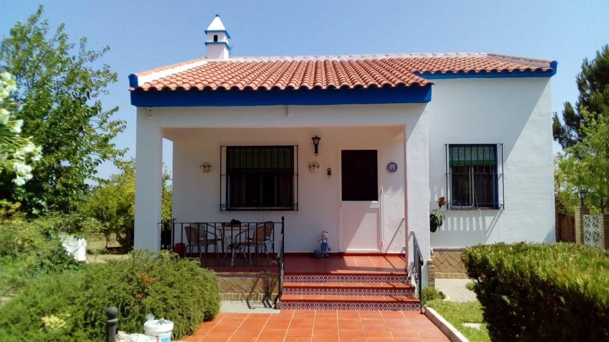 Casa Rural en Venta en  Hinojos
