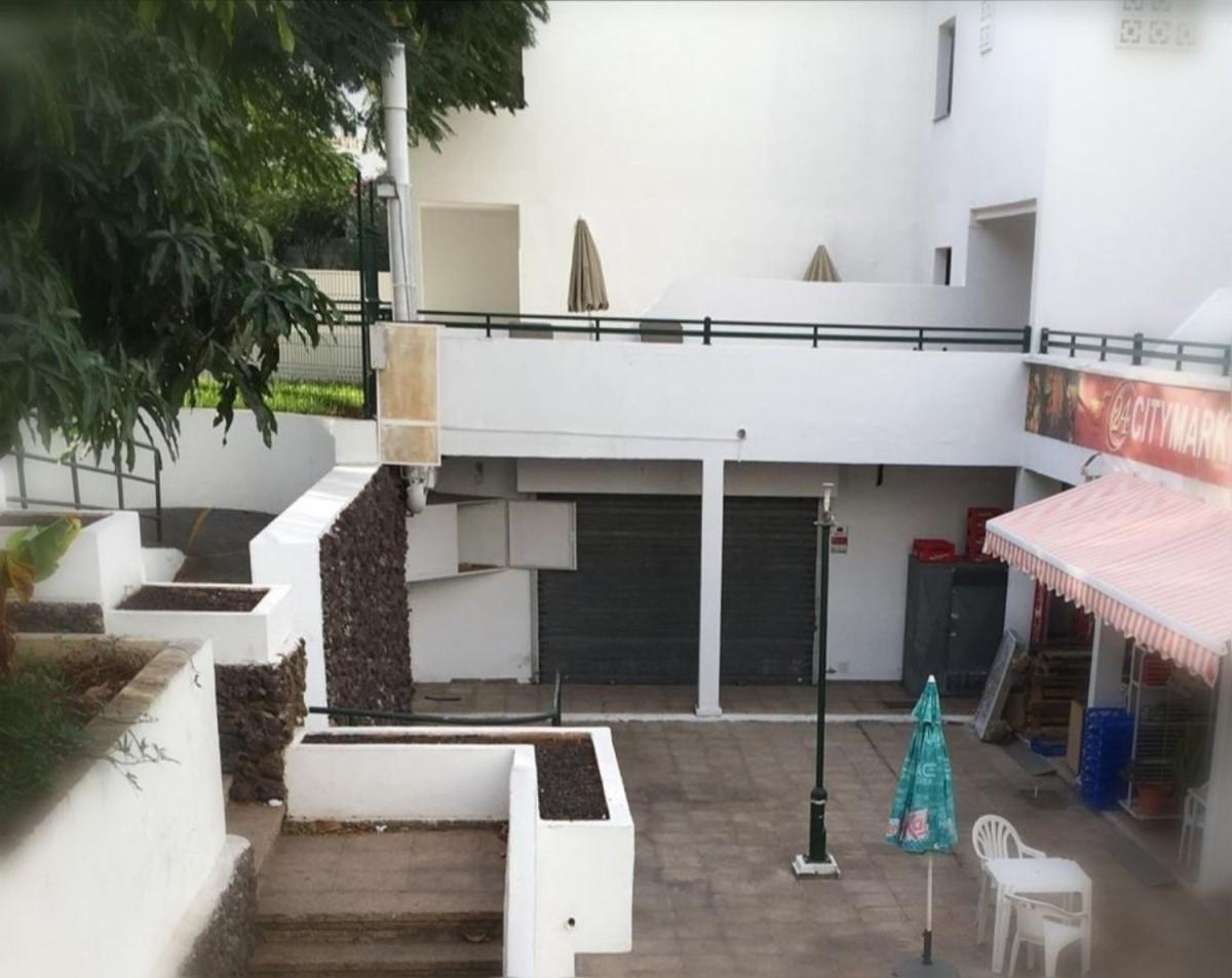 Local Comercial en Venta en Costa Adeje, Adeje