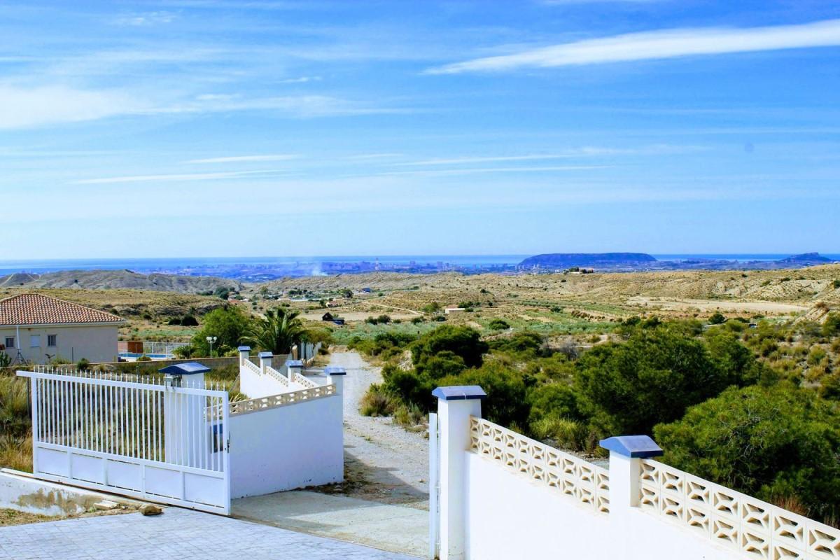 Chalet en Venta en Villafranqueza-Santa Faz-Monegre, Alicante/Alacant