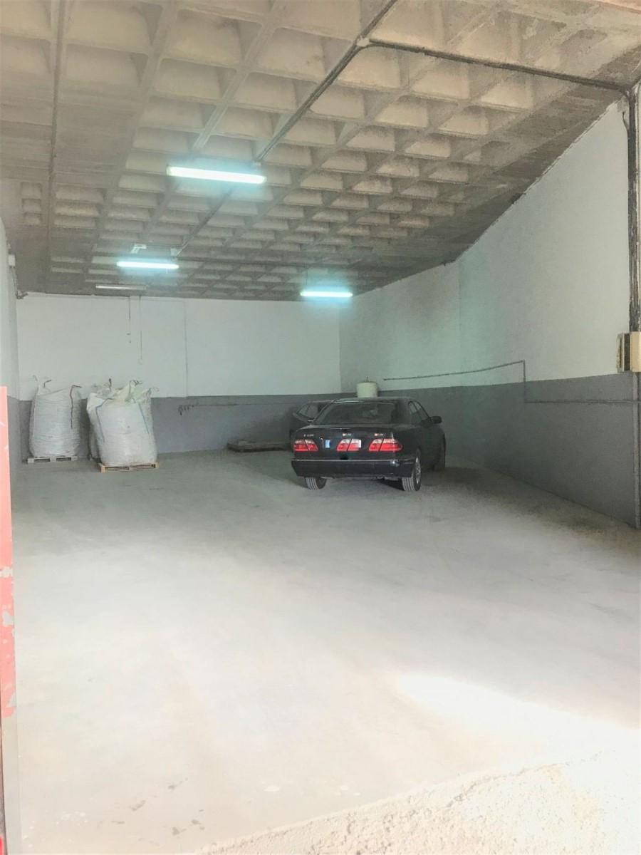 Industrial premises  For Rent in  Alcobendas