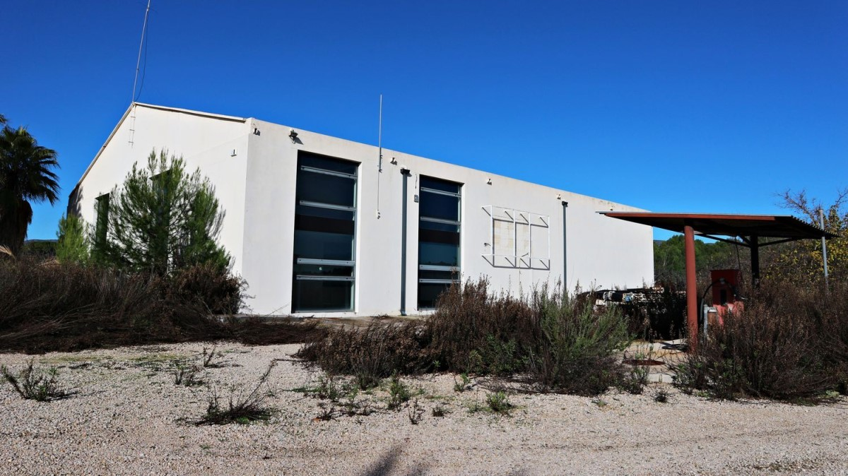 Industrial premises  For Sale in  Ontinyent