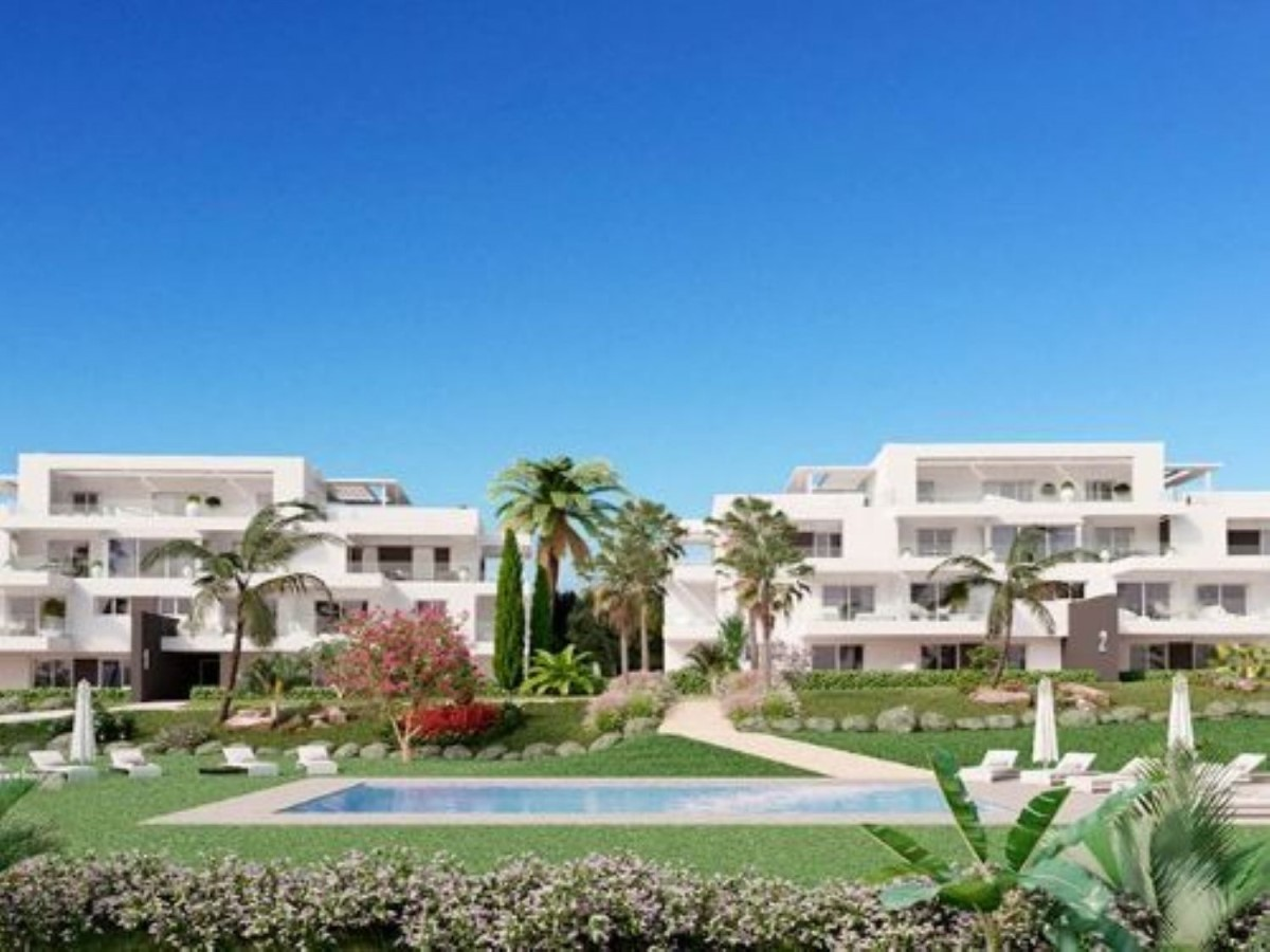 Apartment  For Sale in Benamara-Atalaya, Estepona