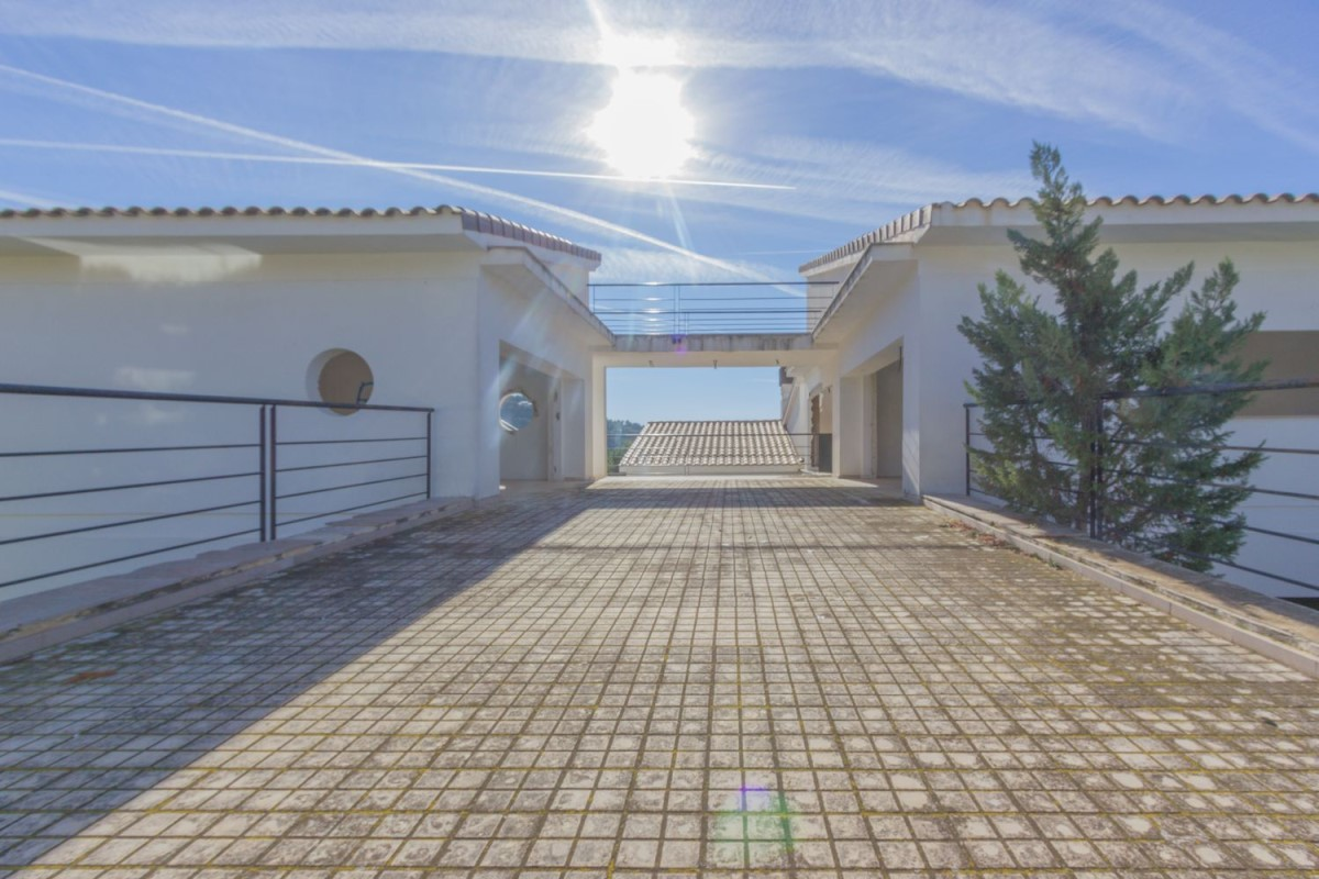 House  For Sale in  Chiva
