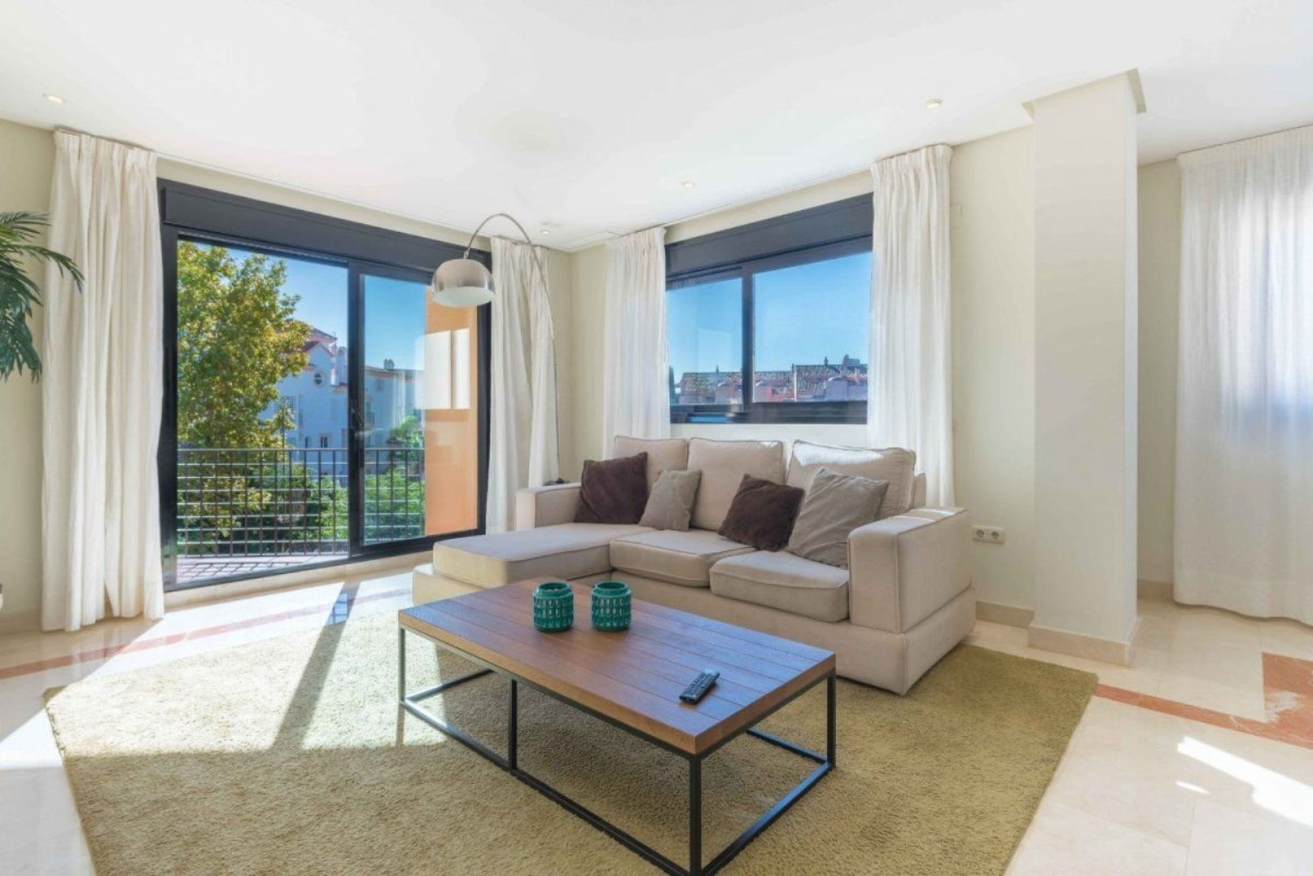 Penthouse  For Sale in Nueva Andalucía, Marbella