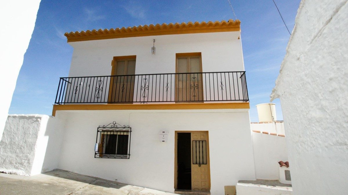 Casa Rural en Venta en  Almáchar