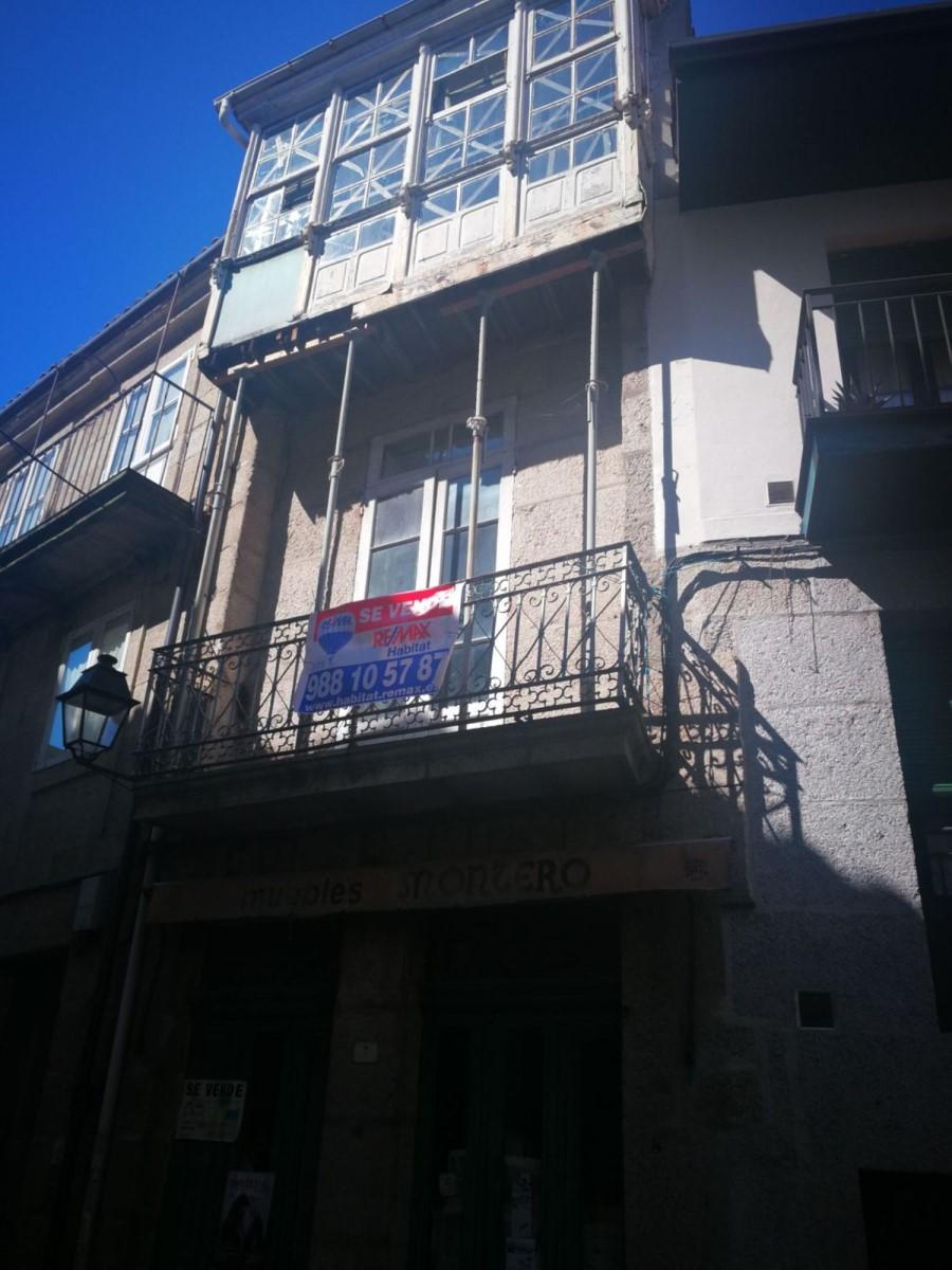 Edificio Mixto en Venta en  Ribadavia