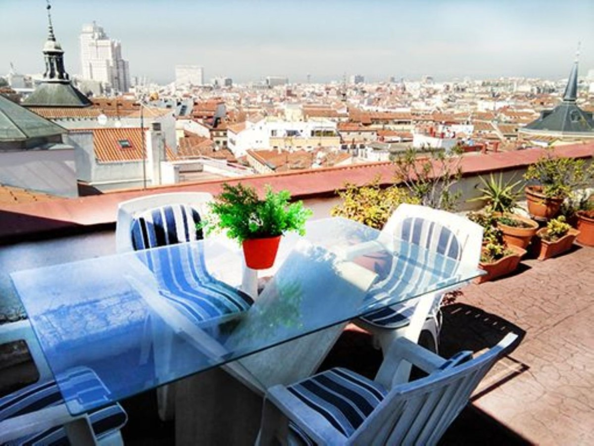 Penthouse  For Sale in Centro, Madrid