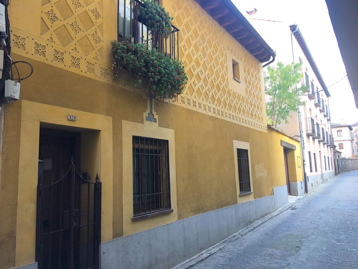 Chalet Adosado en Venta en  Segovia