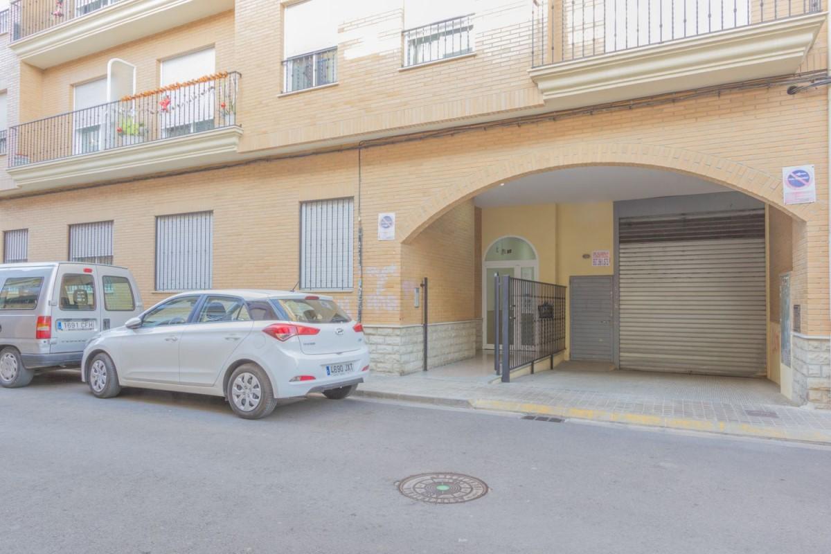 Apartment  For Rent in  Benetússer