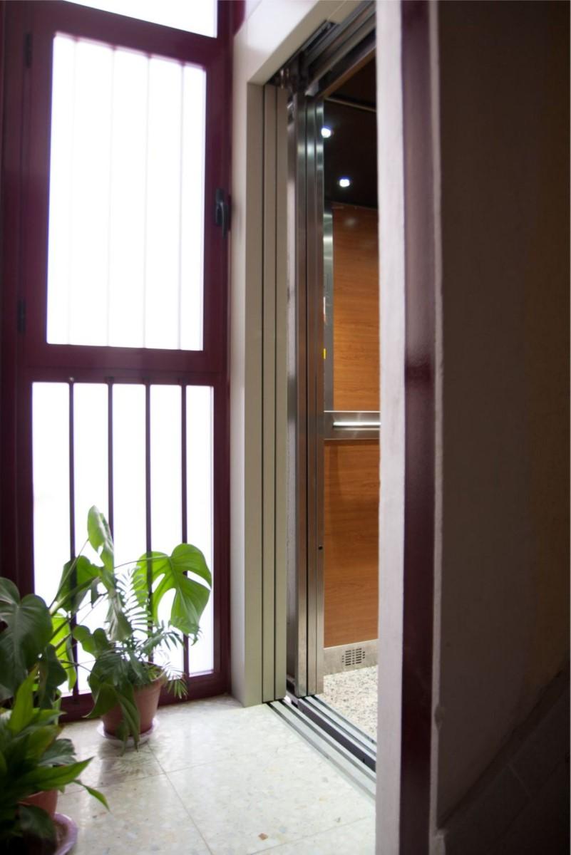 Apartment  For Rent in Moratalaz, Madrid