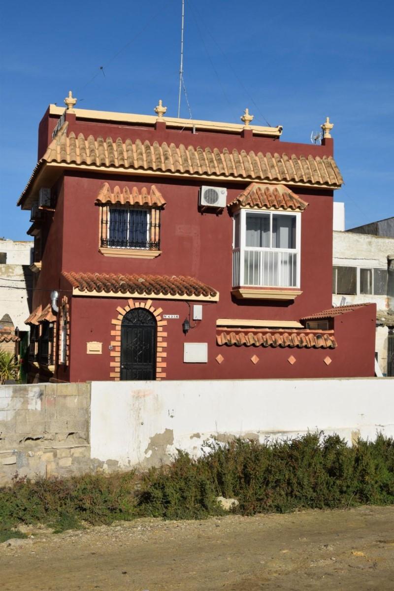 Chalet Adosado en Venta en  San Fernando