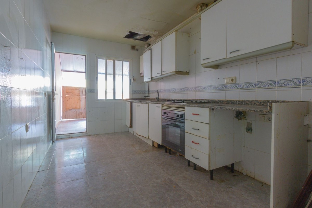 Apartment  For Sale in  Vilamarxant