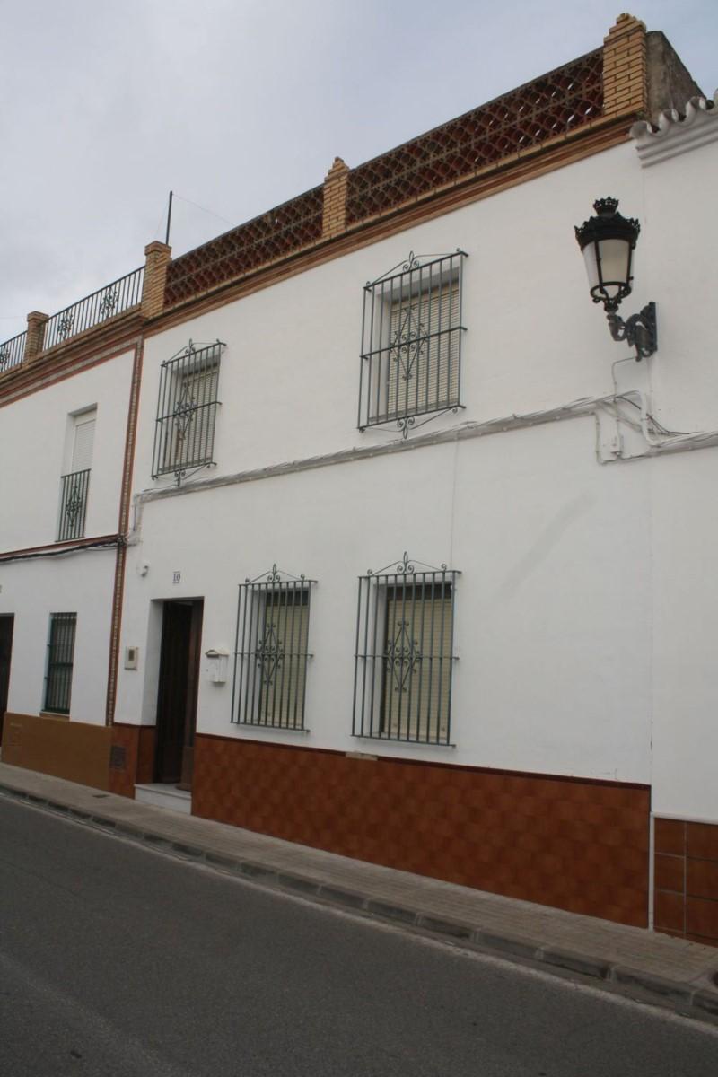 Chalet Adosado en Venta en  Olivares