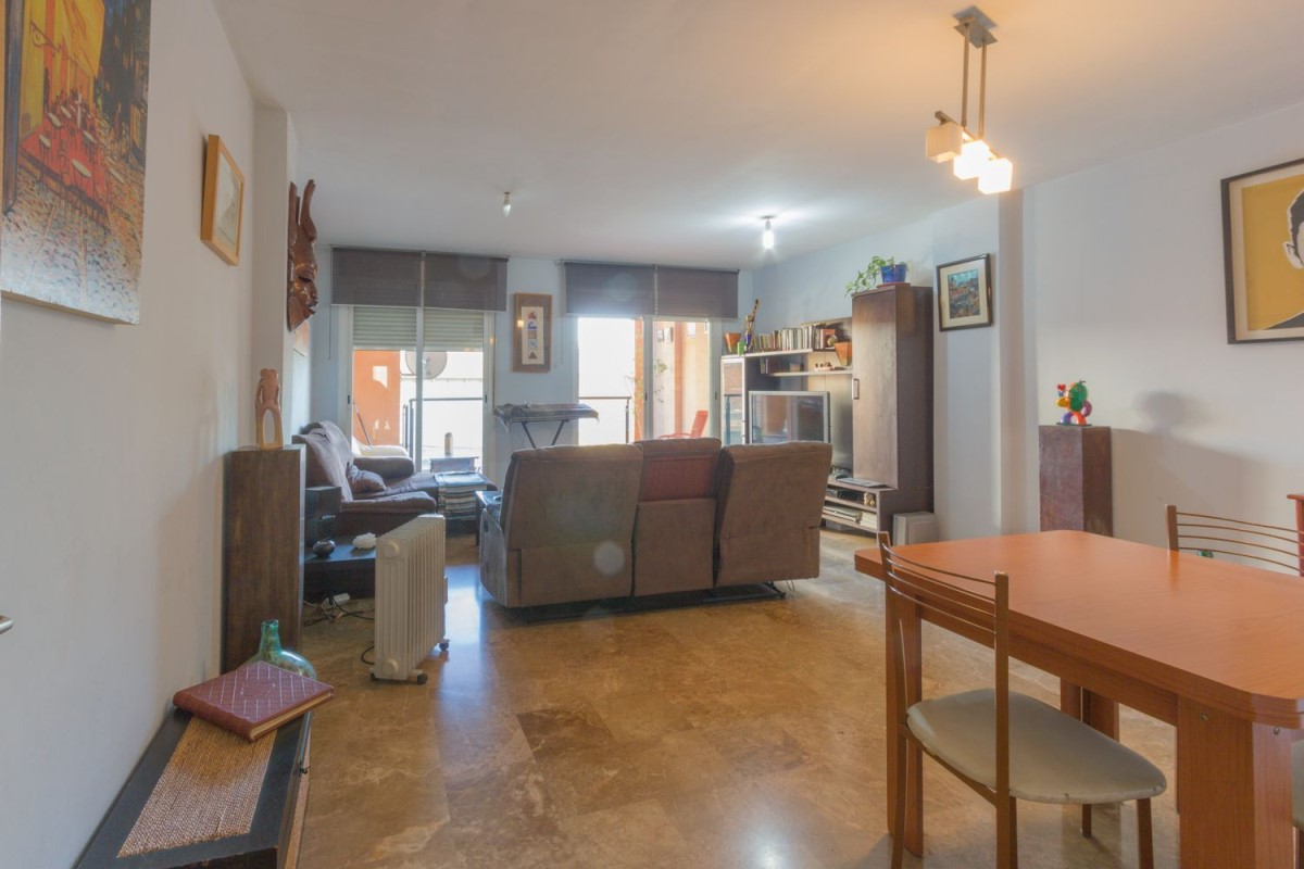 Apartment  For Sale in  Paterna