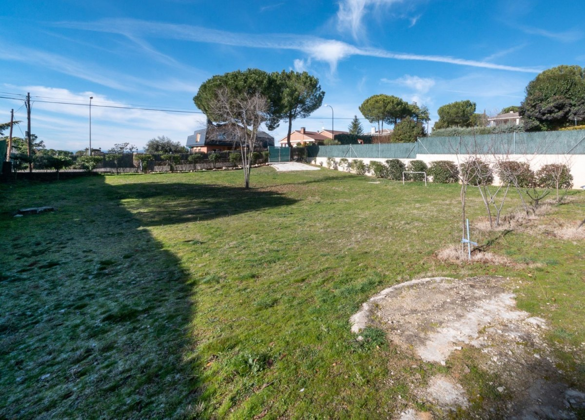 Urban lot  For Sale in  Casar, El