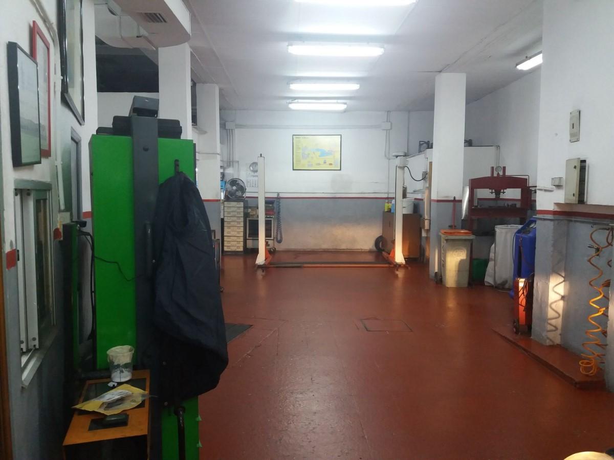 Local Comercial en Venta en Ciudad Lineal, Madrid