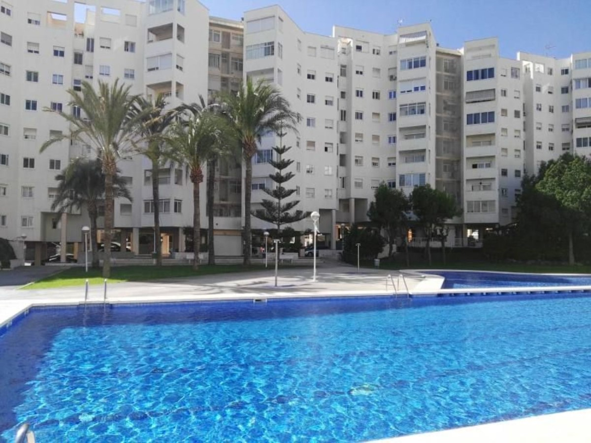 Apartment  For Sale in Centro, Alicante/Alacant