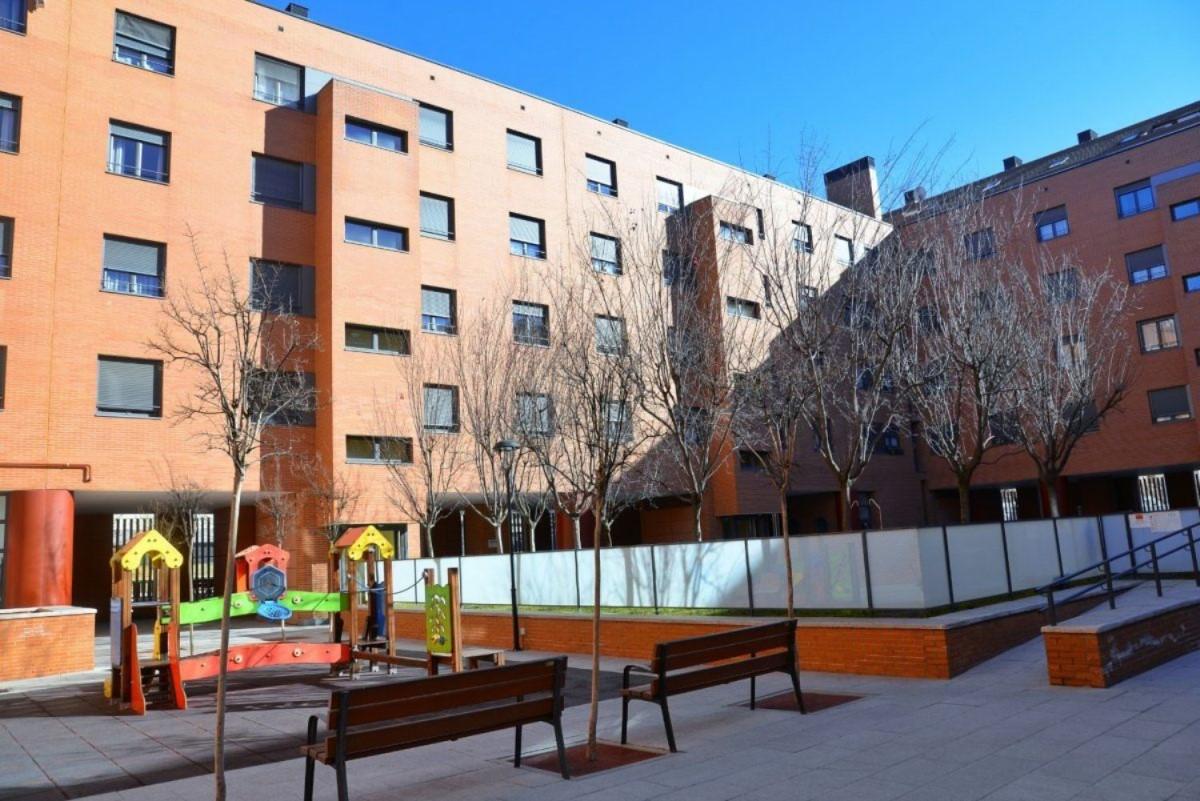 Dúplex en Venta en  Alcalá de Henares