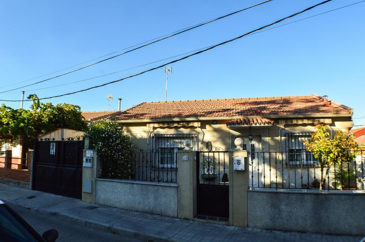 House  For Sale in  Ciempozuelos