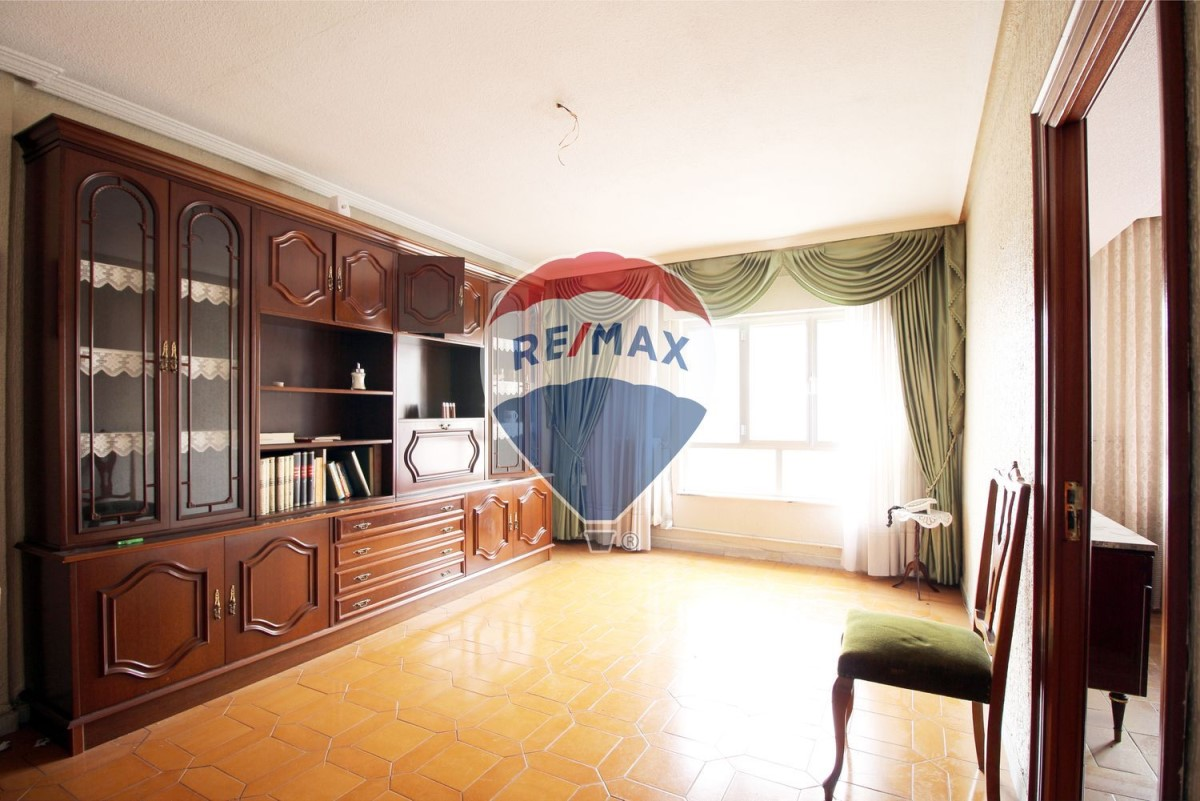 Apartment  For Sale in Chinchibarra - Capuchinos, Salamanca