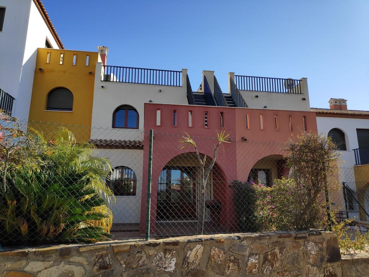 Chalet Adosado en Venta en  Ayamonte
