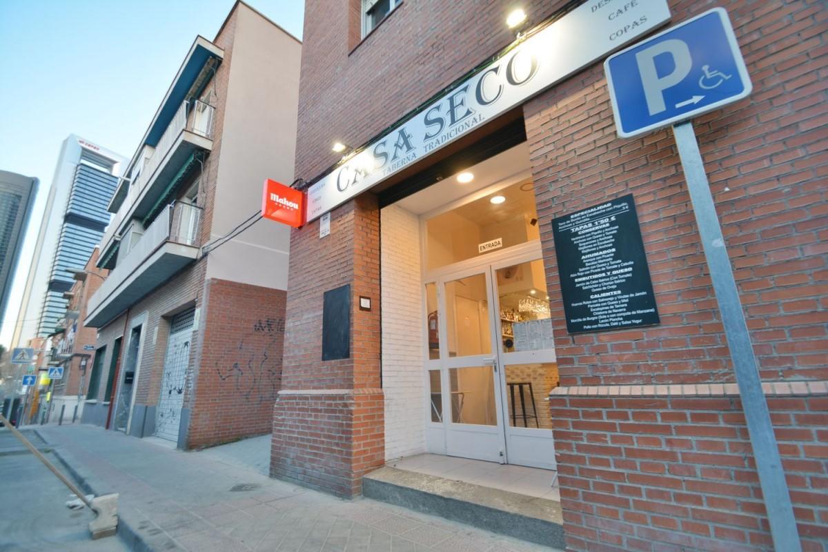 Retail premises  For Rent in Tetuán, Madrid