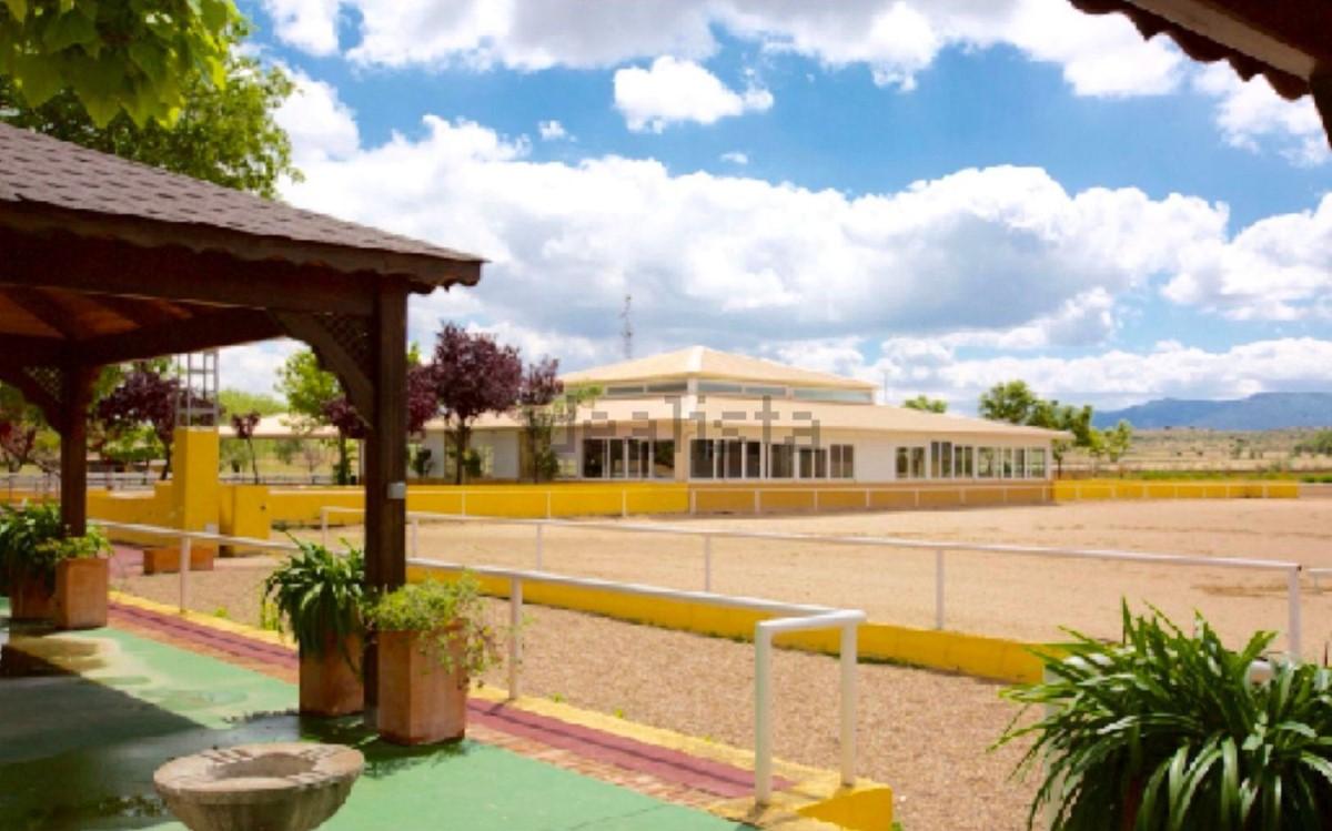 Casa Rural en Venta en  Cuerva