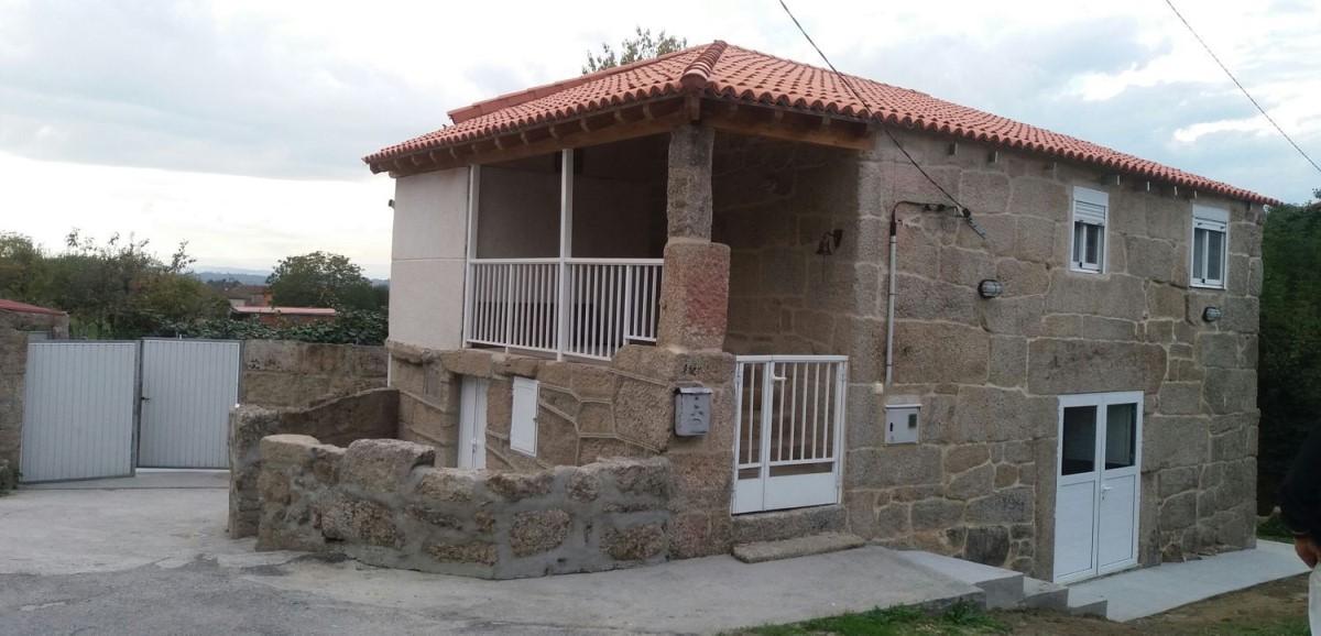 Casa Rural en Venta en  Amoeiro