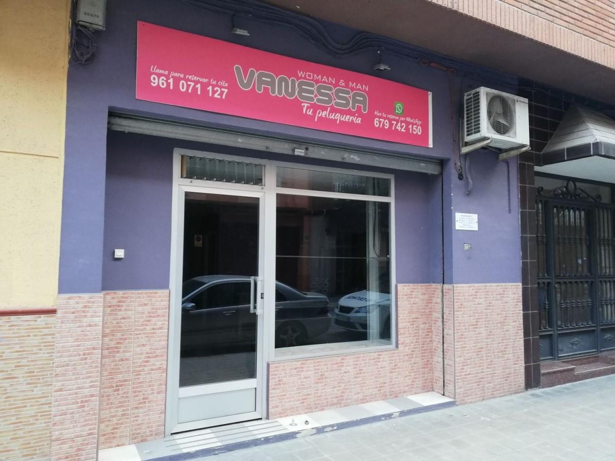 Local Comercial en Alquiler en  Mislata