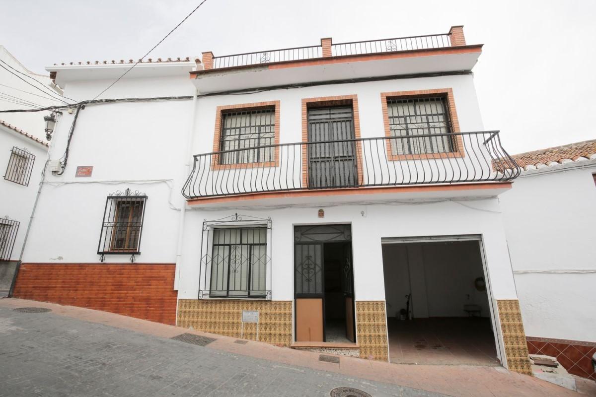 Casa Rural en Venta en  Periana