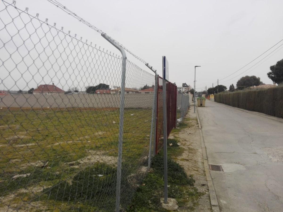 Urban lot  For Sale in  Illescas