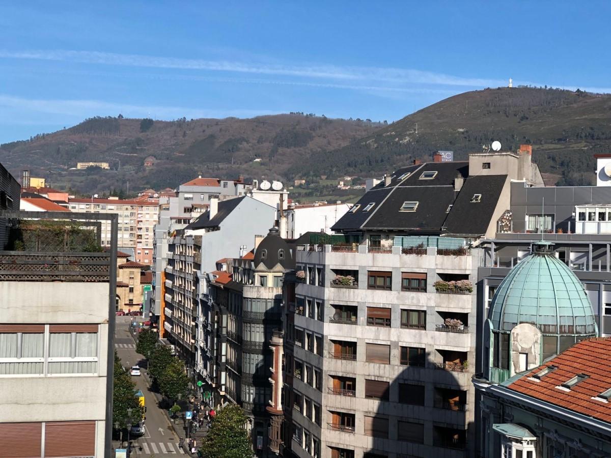 Atico en Venta en Centro, Oviedo