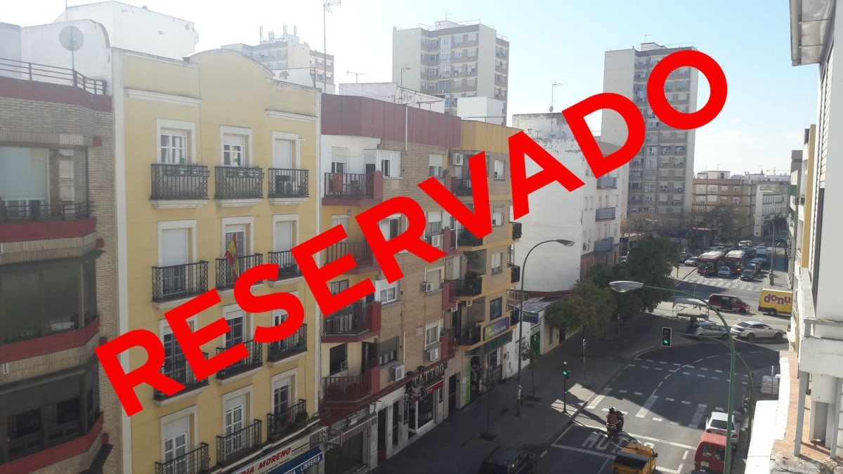 Apartment  For Sale in macarena, Sevilla