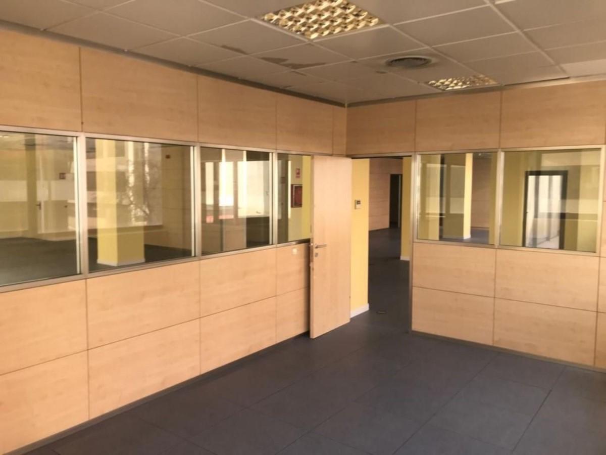 Oficina en Alquiler en Fuencarral, Madrid
