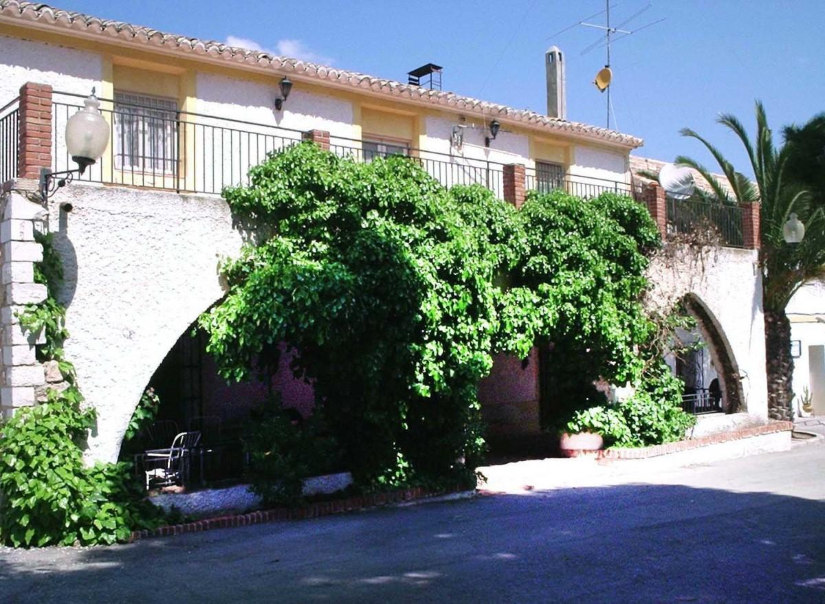 Edificio de Viviendas en Venta en  Yecla